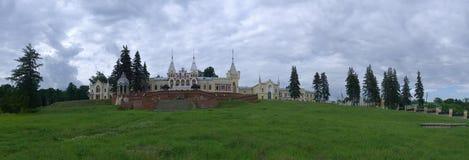 Rusland, Ryazan gebied, Kiritsy 6 november 2011 Herenhuis van baron Von Dervis in dorp Kyritz, Ryazan gebied, Rusland Stock Foto's