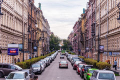 Rusland, St. Petersburg, Augustus 2016: Mening van Pushkinskaya-Straat Royalty-vrije Stock Fotografie