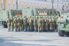 Rusland, St. Petersburg, 7 kan 2017, de repetitie van de overwinning Royalty-vrije Stock Afbeelding