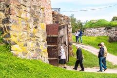 Rusland, St. Petersburg, Priozersk, Augustus 2016: Het Museum van de Korelavesting, poorttoren Stock Afbeeldingen