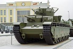 RUSLAND, VERKHNYAYA PYSHMA - 12 FEBRUARI 2018: Sovjet multi-turreted zware tank t-35 in het museum van militaire uitrusting Royalty-vrije Stock Afbeelding