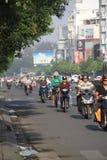 Rusningstid i Ho Chi Min City Arkivfoto