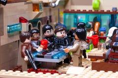 RUSO, EL 24 DE ENERO DE 2019 Lego Star Wars Cantina Mos Eisley de la barra de Minifigures en Tatooine imágenes de archivo libres de regalías