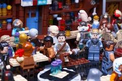 RUSO, EL 24 DE ENERO DE 2019 Lego Star Wars Cantina Mos Eisley de la barra de Minifigures en Tatooine imagenes de archivo