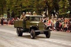 RUSO, KOZELSK, el 9 de mayo de 2017, Victory Day, el 9 de mayo Para militares Imagen de archivo libre de regalías