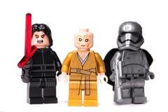 RUSO, SAMARA - 17 DE ENERO DE 2019 LEGO STAR WARS Caracteres de Minifigures Star Wars - episodio 8, Kylo Ren, Phasma, Snoke imagen de archivo