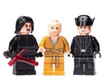 RUSO, SAMARA - 17 DE ENERO - 2019 Lego Star Wars Caracteres de Minifigures Star Wars - episodio 8, Kylo Ren, Snoke, Hux fotos de archivo