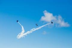 Russe adelt aerobatic Team im Himmel Stockfotografie