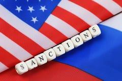 Russe et sanctions de drapeau des Etats-Unis Images stock