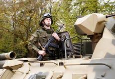 RUSSE, KOZELSK, le 9 mai 2017, Victory Day, le 9 mai Para militaires Images libres de droits