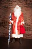 Russe Santa Claus, Ded Moroz mit Tasche, Geschenke Lizenzfreies Stockbild