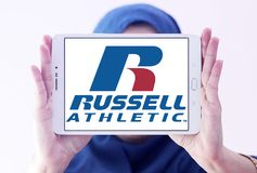 Russell Athletic-Markenlogo Stockbilder