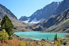 Russia, Altai mountains, lake Kuyguk Kuiguk in autumn Royalty Free Stock Photos