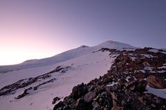 russia elbrusEuropa för högst maximum solnedgång Royaltyfria Bilder