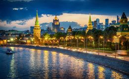 Russia, Moscow, night view of the River, Bridge and the Kremlin stock photo