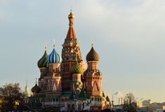 Russia, Moscow. At the southern end of Red Square stands the icon of Russia: St Basil's Cathedral. This crazy confusion of colours, patterns and shapes is the Stock Photos