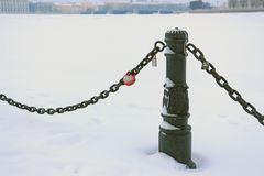 Russia, St. Petersburg, fences with a chain on the embankment of the Peter and Paul Fortress stock photos