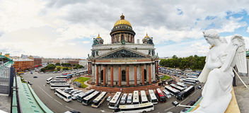 Russia, St. Petersburg, Isaac's Cathedral, 07.14.2015. A view of Isaac's Cathedral from 5 floors of the hotel 4 season, around the cathedral are many tour buses Royalty Free Stock Photography