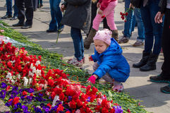 2014. Russia, St. Petersburg - MAY 9: day of victory, memory of heroes. The memory of soldiers in Great Patriotic War.   little gi Stock Photos