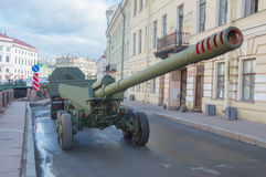 Russia, St. Petersburg, 7 may 2017, the rehearsal of the victory. Parade - a convoy of vehicles with guns on the waterfront Stock Photography