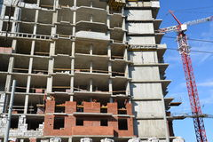 Russia, Yaroslavl-March 29.2016. Construction of multi-storey residential building Royalty Free Stock Photos