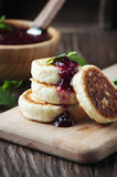 Russian Cottage cheese pancake with raspberry Stock Photos