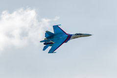 Russian fighter SU-27 flies Royalty Free Stock Photography