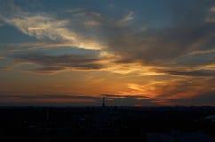 Russie Coucher du soleil au-dessus de l'exposition de parc des accomplissements économiques à Moscou Images stock