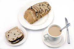 Russinbröd och kaffe Royaltyfria Foton