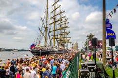 Russisch fregat Kruzenshtern bij de haven van Riga tijdens regatta royalty-vrije stock foto