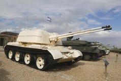 Russisch gemaakt ZSU-57x2 gemotoriseerd luchtafweerdievoertuig door IDF in Sinai op vertoning bij Gepantserd Korpsenmuseum wordt  Stock Foto's