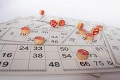 Russisch lotto op een witte achtergrond Lottospel Vlak leg stock afbeeldingen