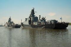 Russisch oorlogsschip van Kaspian-vloot stock foto's