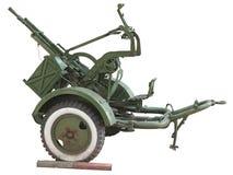 Russisch oud groen luchtafweerdiekanon over wit wordt geïsoleerd Royalty-vrije Stock Fotografie