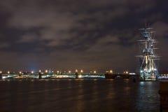 Russisch schip in de nacht Royalty-vrije Stock Foto's