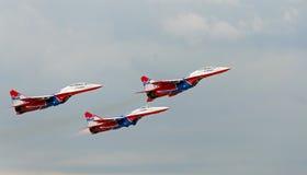 Russische aerobatic Gruppe Strizhi Lizenzfreie Stockfotografie