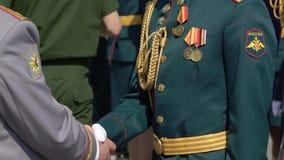 Russische Armeesoldaten stock video footage