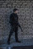 Russische besondere Kräfte, die an einem Boden der militärischen Ausbildung ausbilden Stockfoto
