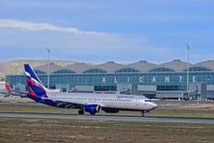 Russische Fluglinie Aeroflot an Alicante-Flughafen Stockbilder