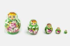 Russische geïsoleerde poppen Stock Afbeeldingen