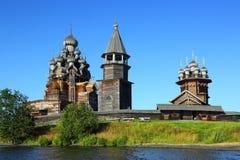 Russische hölzerne Architektur auf Kizhi-Insel Lizenzfreies Stockbild