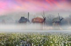 Russische houten windmolen royalty-vrije stock afbeelding