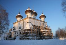 Russische kathedraal in de winter Stock Foto's