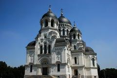 Russische kerk zwarte koepel Royalty-vrije Stock Afbeeldingen