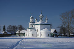 Russische Kirche im Winter Lizenzfreie Stockfotografie