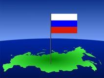 Russische Markierungsfahne auf Karte Stockfotografie