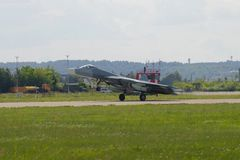 Russische multifunctionele vechter van de vijfde generatie van su-57 t-50 op start Maks-2017 de lucht toont Royalty-vrije Stock Afbeeldingen