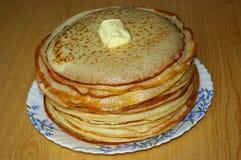 Russische Pfannkuchen lizenzfreie stockfotos