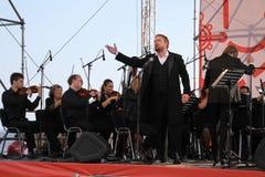 Russische populaire acteur, Operazanger Boris pinkhasovich, bariton, ster van het Mikhailovsky-theater, Rusland op het open stadi Royalty-vrije Stock Foto