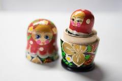 Russische Puppen sind Andenken von Russland stockfotos